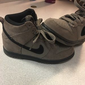 Shoes - Nike's 12c brand new